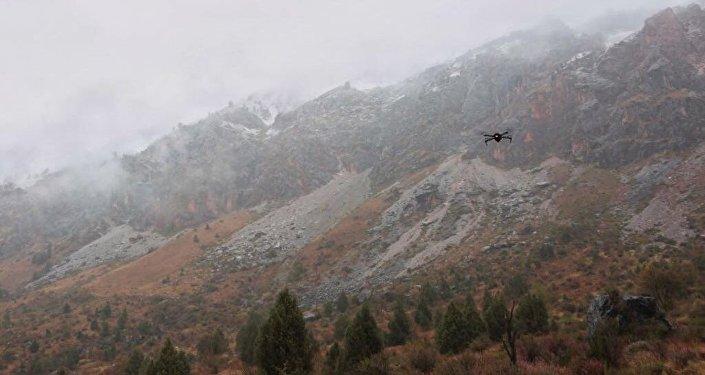 Команда одного из российских экспедиционных центров рассказала о поисках в горах Кыргызстана пропавшей туристки из Израиля Хиллы Ливне