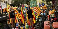Сторонники независимости Каталонии во время митинга.