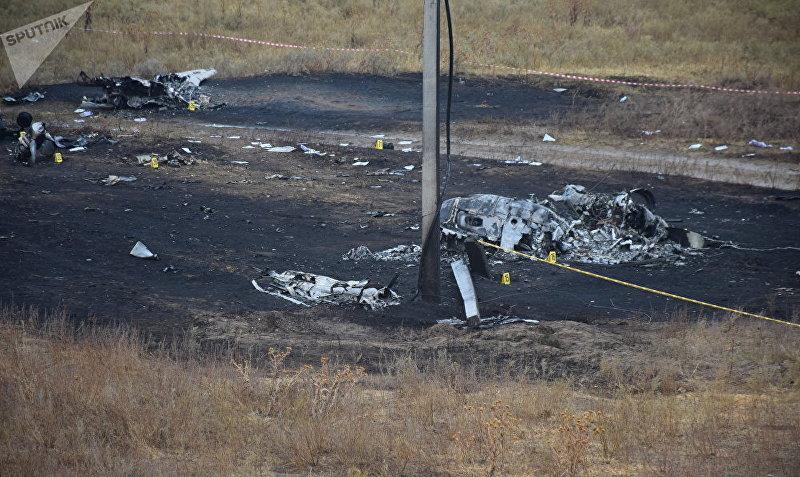 Последствия авиакрушения самолета АН-28, летевшего по маршруту Алматы — Шымкент в Казахстане