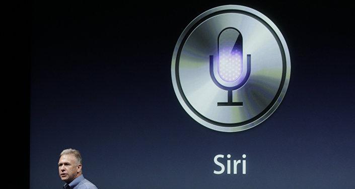 Презентация Apple Siri в Купертино. Архивное фото