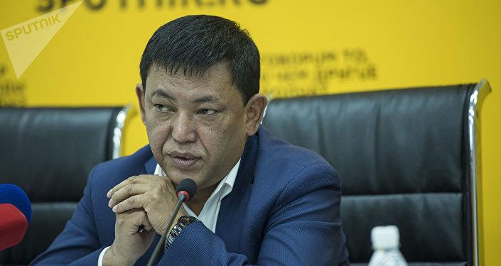Директор КП Бишкектеплоэнерго Алимбек Абдылдаев на пресс-конференции в мультимедийном центре Sputnik Кыргызстан