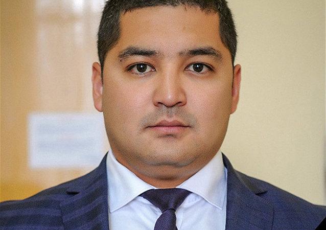 Помощник вице-премьера Темира Джумакадырова Нурлана Джамгырчиева
