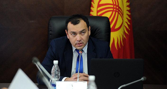 Вице-премьер-министр Кыргызстана Темир Джумакадыров
