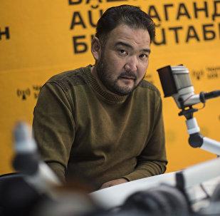 КР эмгек сиңирген артисти Марат Козукеевдин архивдик сүрөтү