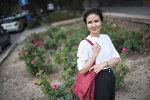 Жогорку Кеңештин парламентинин маалымат кызматында кабарчы, алып баруучу Жылдыз Жолдошбаева