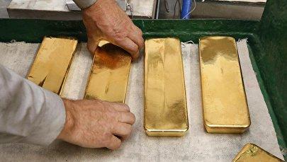 Слитки чистого золота. Архивное фото