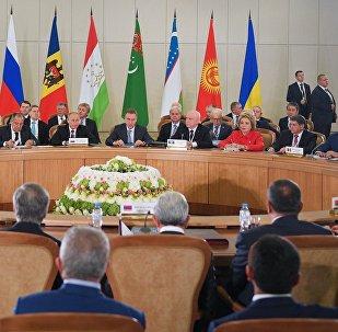 Президент РФ Владимир Путин на заседании Совета глав государств – участников Содружества Независимых Государств (СНГ) в расширенном составе.