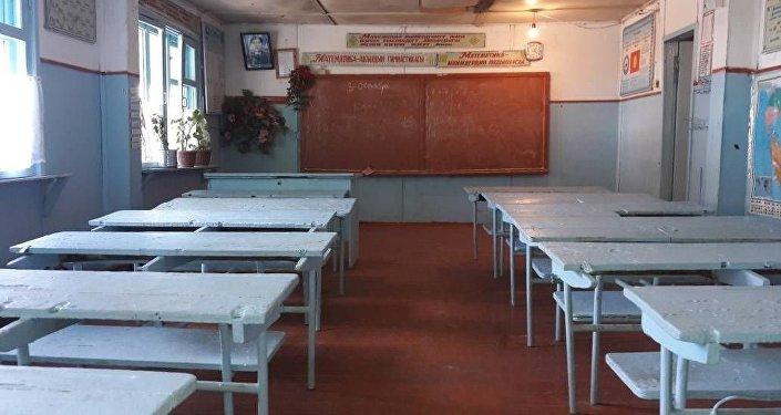 Ученики не приходят на уроки в Сузаке