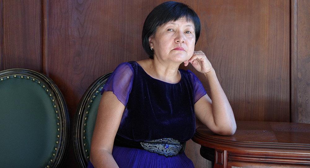 Психикалык саламаттык жана коом фондусунун эксперти Бурул Макенбаева