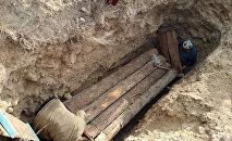 Захоронение мумии из Государственного исторического музея в Баткенской области. Архивное фото