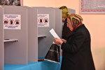 Бишкекте добуш берүү. Архивдик сүрөт