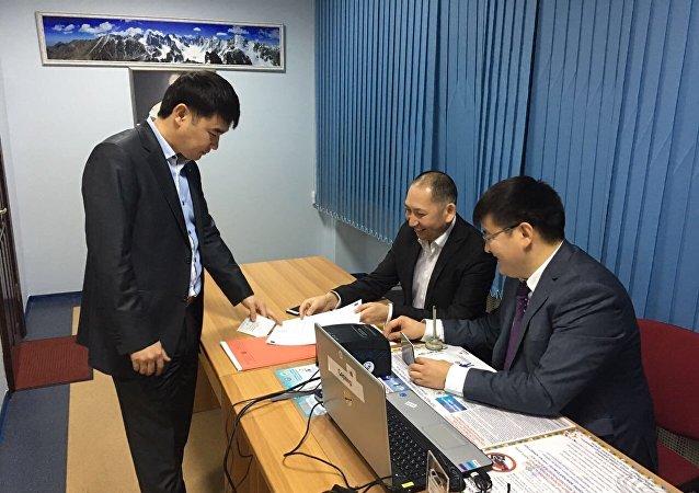 Ход выборов президента Кыргызстана в Украине