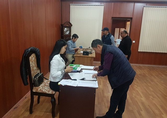 Ход выборов президента Кыргызстана в Азербайджане