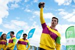Участники XIX Всемирного фестиваля молодежи и студентов на площадке Всемирное ГТО в Олимпийском парке в Сочи.
