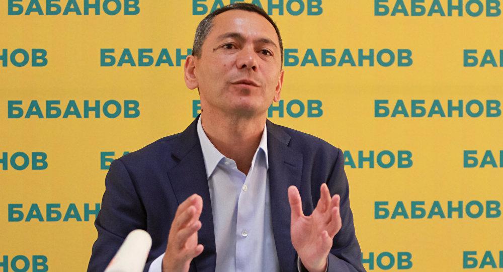 Жогорку Кеңештин депутаты Өмүрбек Бабанов. Архив