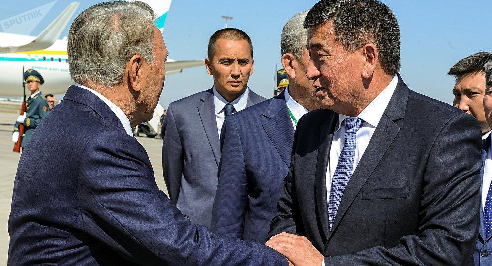 Картинки по запросу назарбаев и жээнбеков