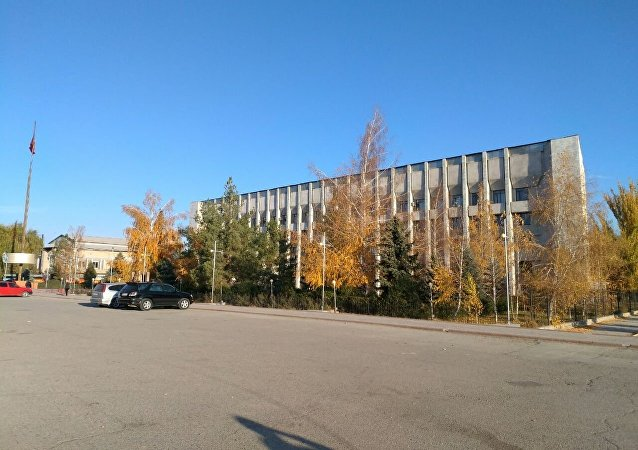 Центральная площадь в Таласе утром 17 октября