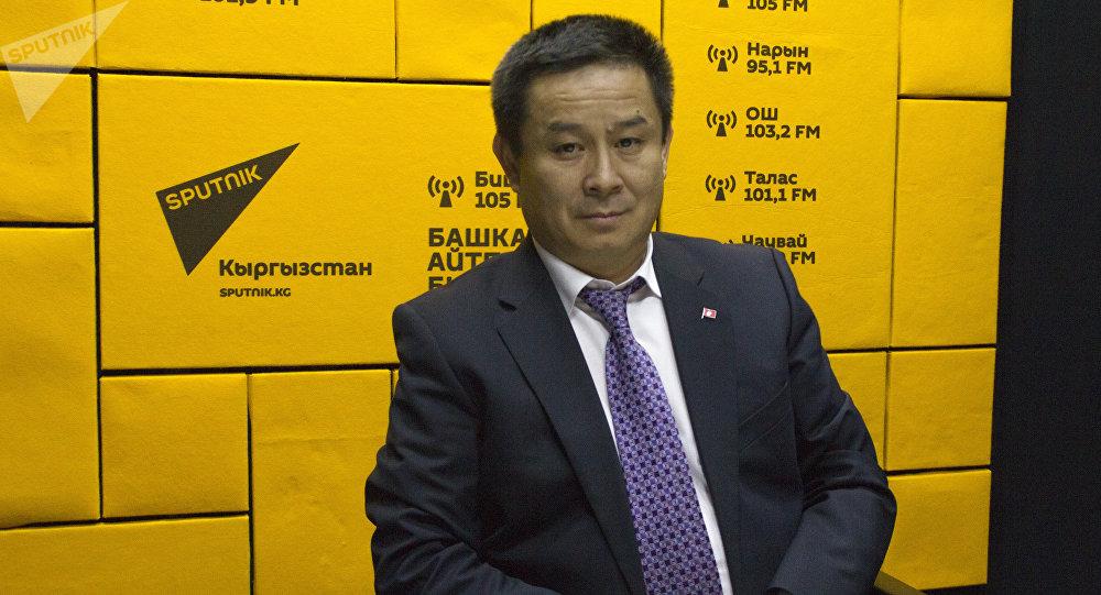 Председатель Государственной службы интеллектуальной собственности и инноваций Досалы Эсеналиев