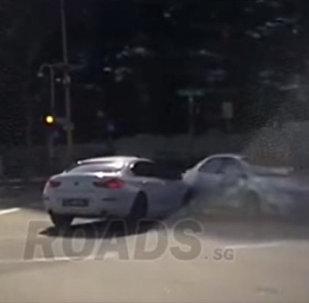 Машина-призрак спровоцировала аварию в Сингапуре — соцсети в изумлении