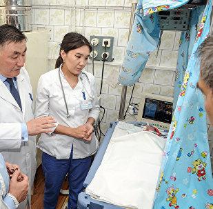 Рождение ребенки у этнической кыргызку из Памира Жанбубу Маматзайым кызы