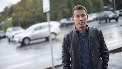 27-летний преприниматель Жылдысбек Алмасбеков, которые зарабатывает на продаже перепелиных яиц