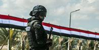 Архивное фото египетского полицейского