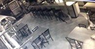 Камера наблюдения сняла призрака в американском ресторане