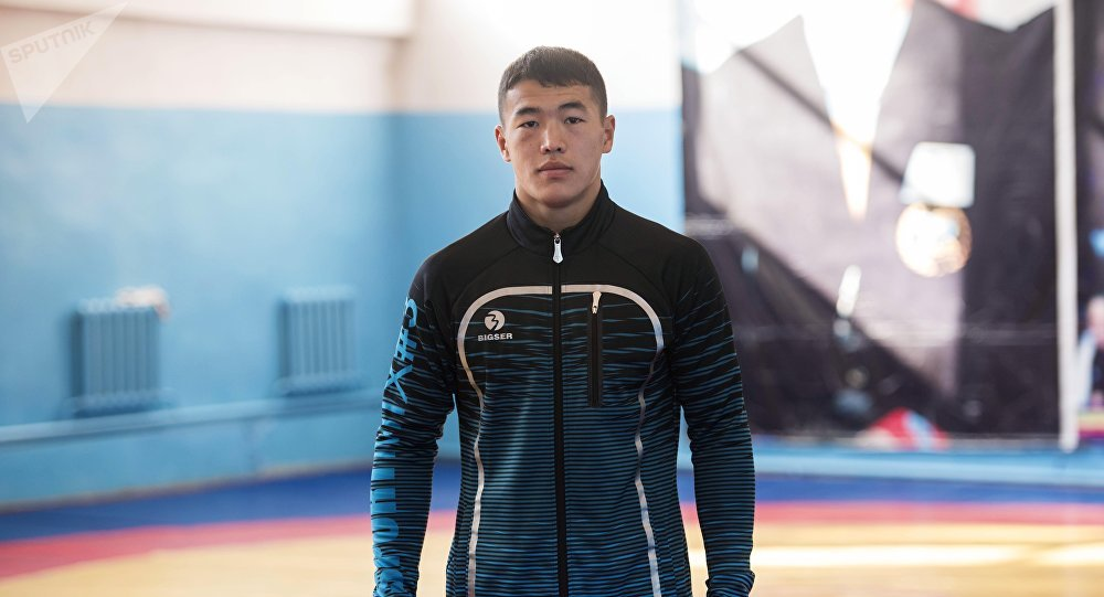 Грек-рим күрөшү боюнча Азия чемпиону Акжол Махмудов. Архив