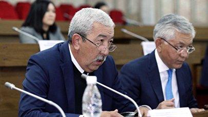 Депутат Исхак Масалиевтин архивдик сүрөтү