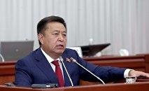 Архивное фото экс-спикера Жогорку Кенеша Чыныбая Турсунбекова