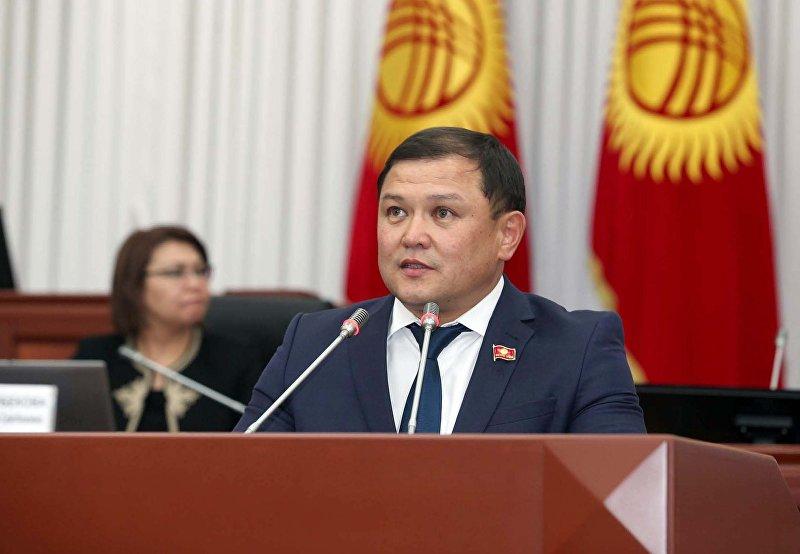 Новоизбранный спикер Жогорку Кенеша, депутат от фракции Кыргызстан Дастан Джумабеков