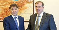Премьер-министр Кыргызской Республики Сапар Исаков встретился с чрезвычайным и полномочным послом Российской Федерации в Кыргызской Республике Андреем Крутько.