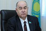 Архивное фото депутата мажилиса Казахстана Владислава Косарева