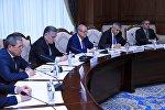 С рабочим визитом прибыл министр иностранных дел Узбекистана Абдулазиз Камилов в Бишкек