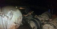 Анда Honda Stepwgn жеңил унаасы менен MAN газ ташуучу автоунаасы бетме-бет сүзүшкөн