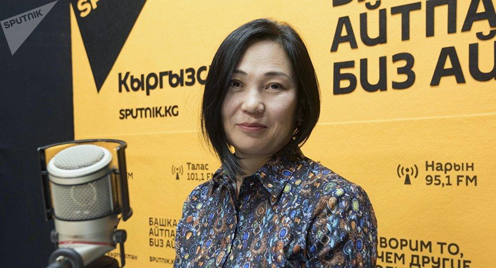 Бишкек жашылдандыруу муниципалдык ишканасынын директору Элнура Жолдошева. Архивдик сүрөт