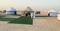Катардын Доха шаарына кыргыздын боз үйлөрү тигилди