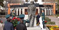 Как открывали памятник Суйменкулу Чокморову