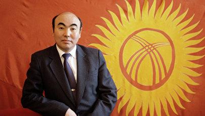 Кыргызстандын мурунку президенти Аскар Акаев. Архив