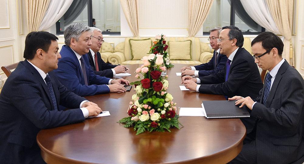 Казахстан иКыргызстан активизируют контакты внешнеполитических ведомств