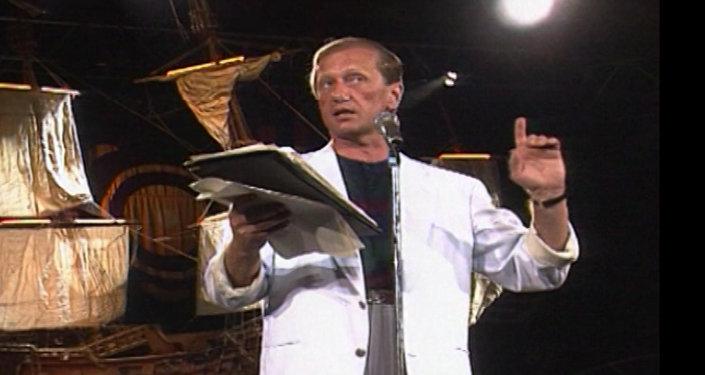 Выступление Михаила Задорного в Ялте в 1992 году. Архивные кадры