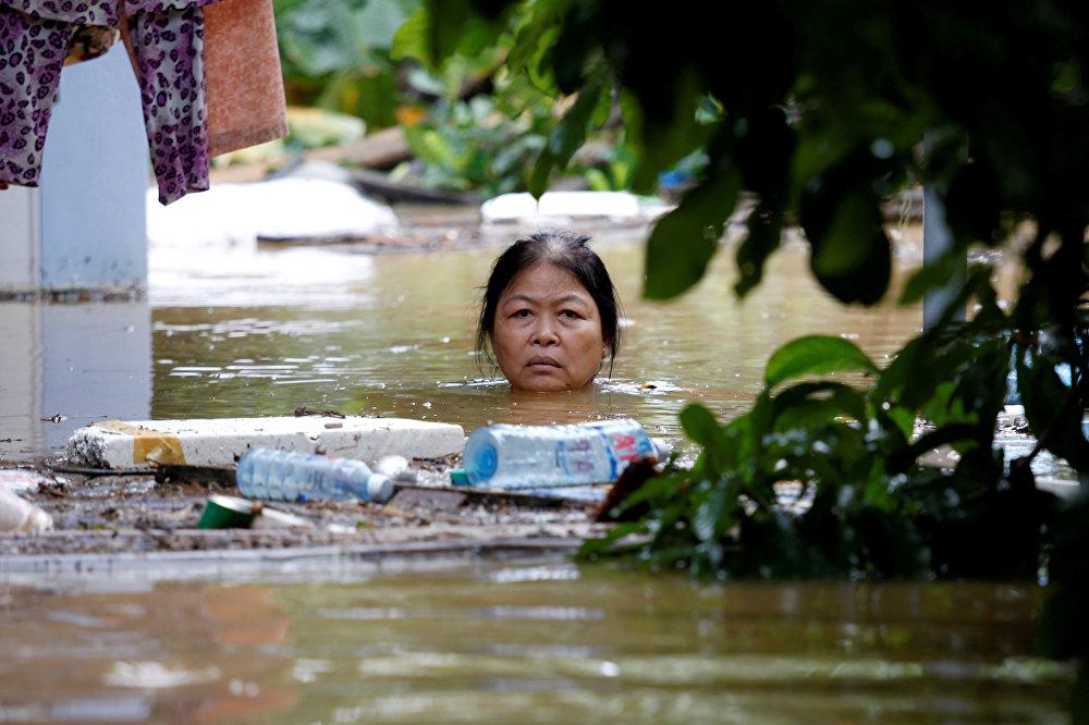 Вьетнамдын Хойан шаарын Дамри тайфунунан улам суу каптады