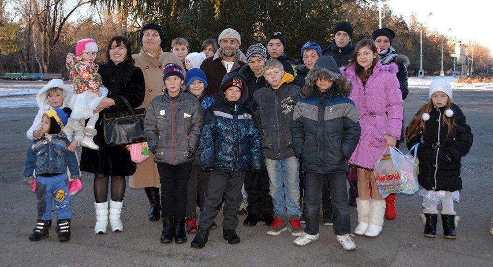 Наталья Аслаповская и Яшин Вадим с воспитанниками