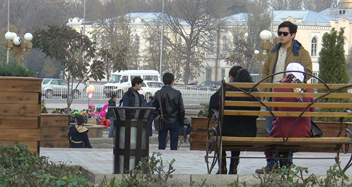 Көзү азиз адамдын акчасын туура майдалап беришеби? Бишкектеги соцэксперимент