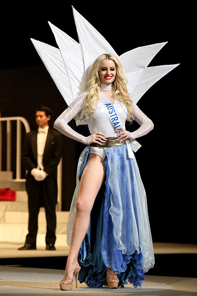 21-летняя австралийка Эмбер Дью получила титул Мисс совершенное тело