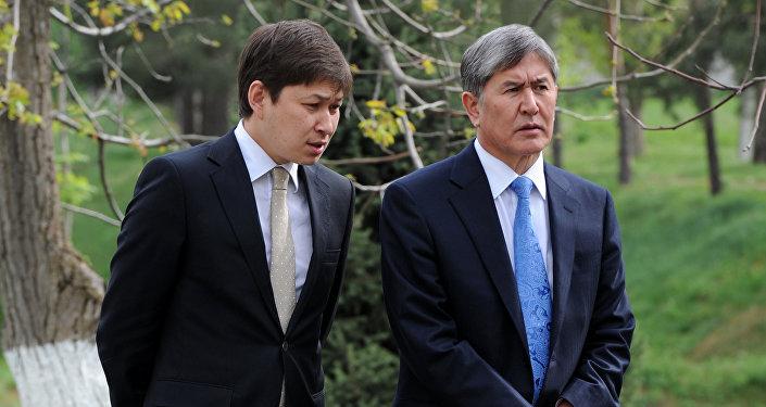 Экс-президент КР Алмазбек Атамбаев и бывший премьер-министр Сапар Исаков. Архивное фото