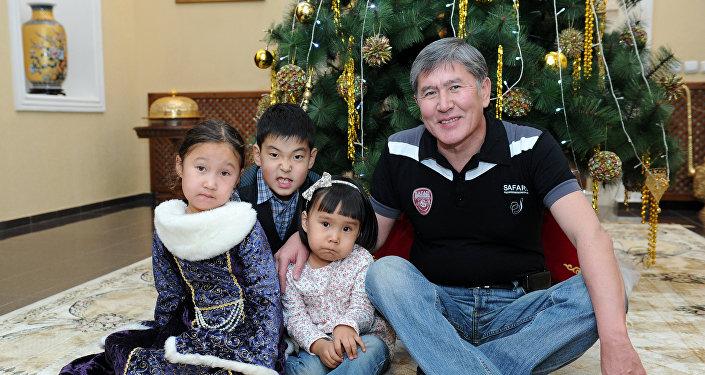 Неопубликованные фотографии президента КР Алмазбека Атамбаева