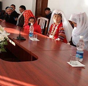 Нарын облусуна 11 памирлик кыргыз келди