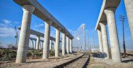 Процесс строительства эстакадных мостов. Архивное фото