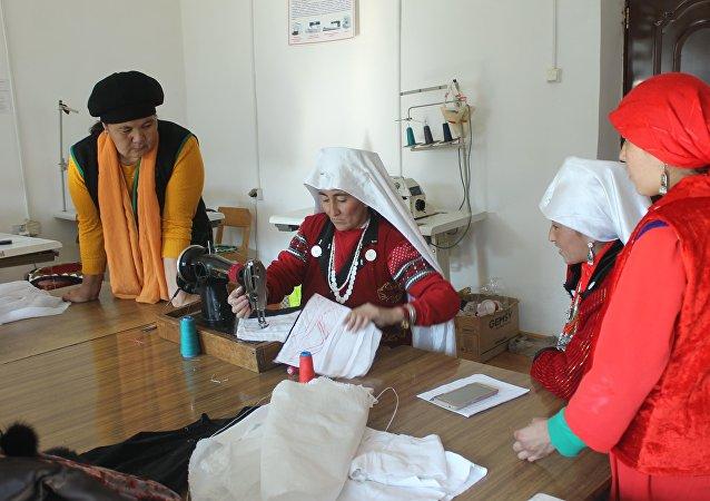Куланак айылындагы памир кыргыздары. Архивдик сүрөт